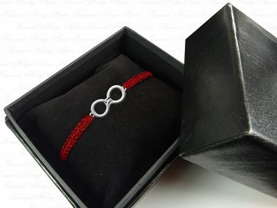 Hand in Hand forever Themed Silver Bracelet
