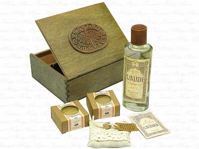 Lavender Set in Wooden Box