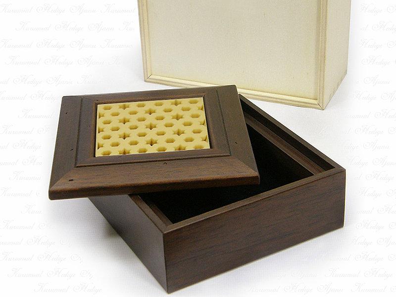 Seljuk Themed Solid Wooden Box
