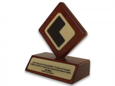 Custom Design Plaque Kibar Holding