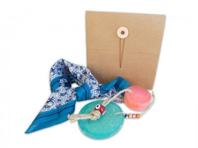 Dekoratif Soap and Scarf Set