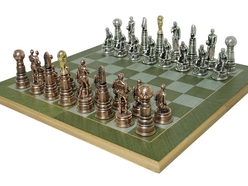 Custom Design Solid Wooden Chess Set