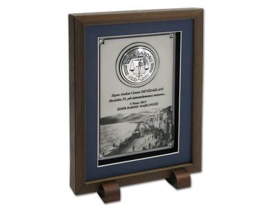 Custom Design Plaque Made for izmir Barosu