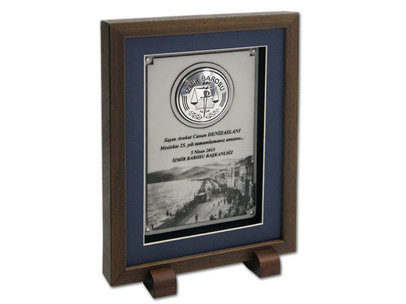 Custom Design Plaque Made for izmir Barosu