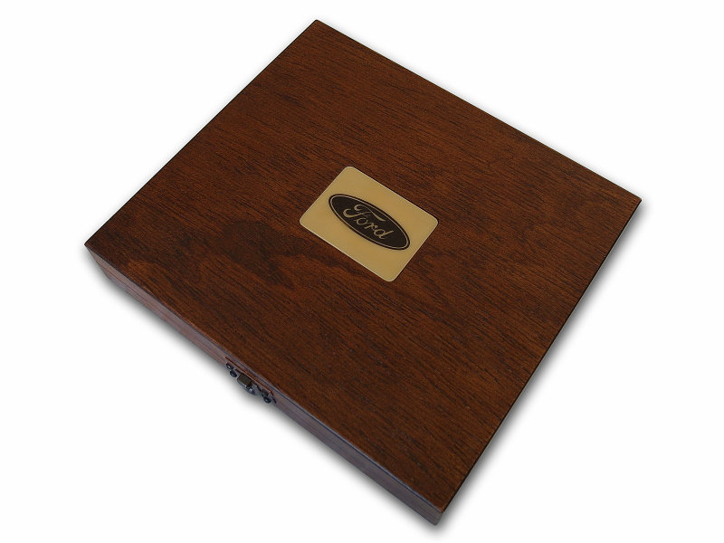 VIP Gift Set for Men in Wooden Box